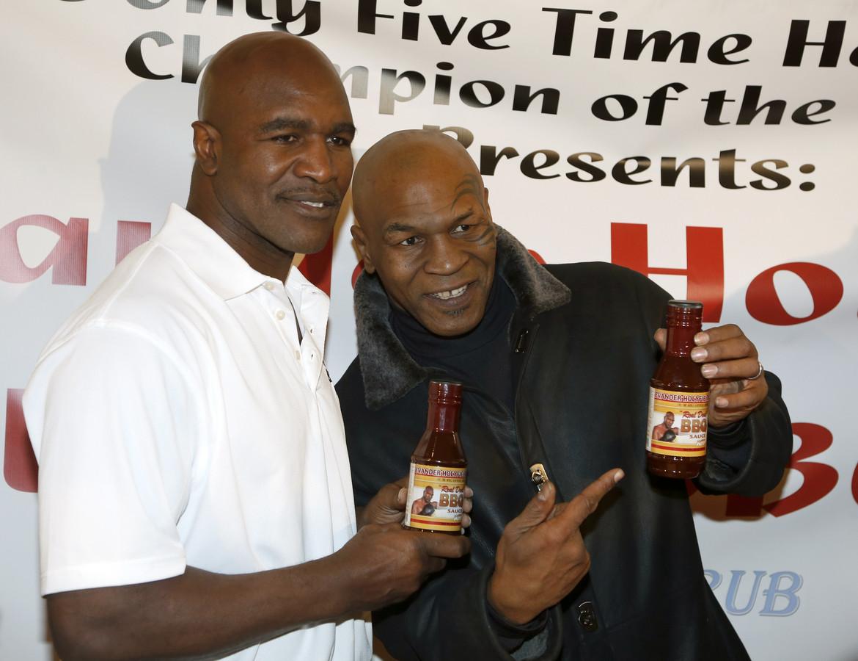 Evander Holyfield, Mike Tyson en de barbecuesaus.