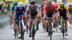VIDEO: Colbrelli neemt Gaviria en Sagan te grazen in Zwitserland
