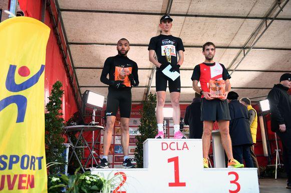 De podiumplaatsen van de 4 kilometer: 1. Thomas Guilmot  2. Kevin Kavi 3. Toon Marieen