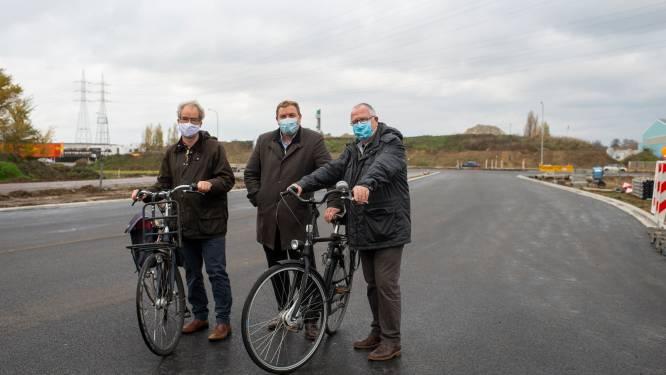 Schoten, Wijnegem en Deurne pleiten voor fietsbrug over Bischoppenhoflaan