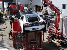 Elektrische BMW moet na brand gedompeld worden in bak water