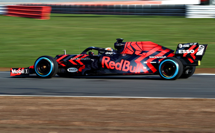 Max Verstappen in de RB15