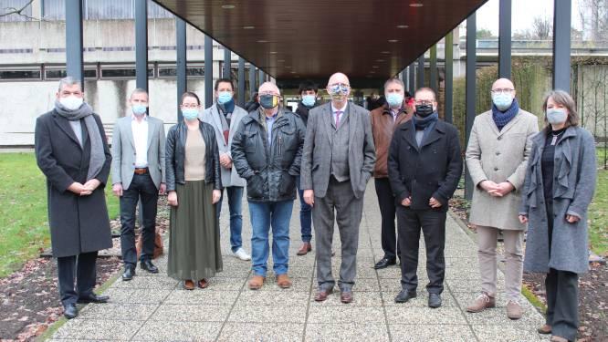 Inwoners ELZ Voorkempen krijgen vaccin in Provinciaal Vormingscentrum in Oostmalle