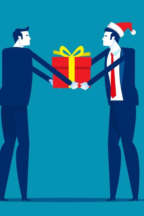 Jaarlijks kerstgeschenk voor Gorcumse ambtenaren ingekocht bij lokale ondernemers