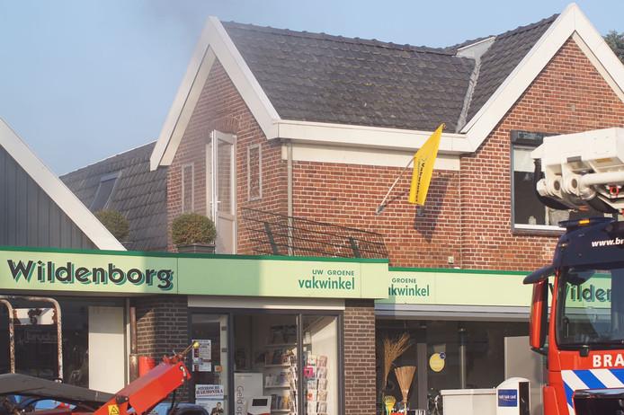 Een kleine brand in dorpswinkel Wildenborg was snel onder controle.