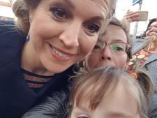 Van huilend op een stoepje tot een selfie met koningin Máxima