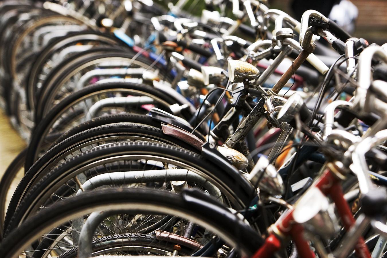 Fout geparkeerde fietsen worden deze maand verwijderd.