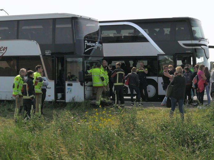 De leerlingen worden met een andere bus opgehaald.
