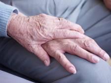 Vrouw (93) bestolen van sieraden na babbeltruc van 'zorgmedewerker'