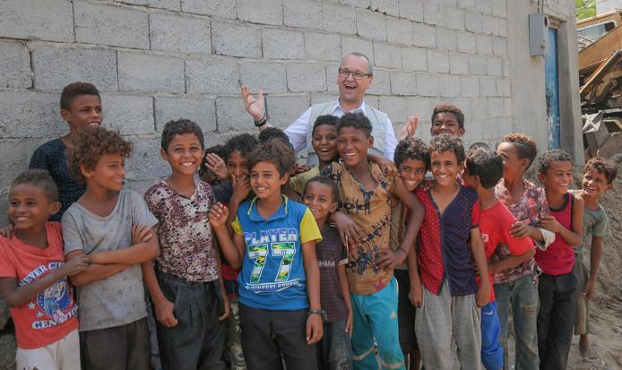 Cappelaere bezocht kinderen in vluchtelingenkampen in Mafrak, Jordanië, Sana'a en Hodeia, Jemen.