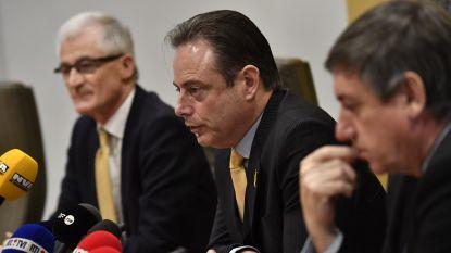 """Bart De Wever wil zelf Vlaams minister-president worden: """"Ik wil vermijden dat er een federale regering komt met de PS"""""""