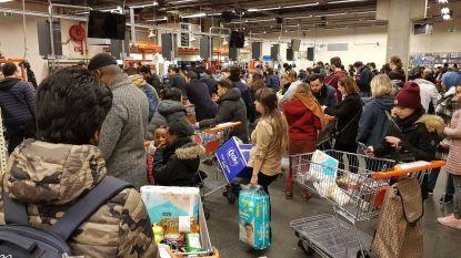 """Vakbonden vragen meer bescherming voor winkelpersoneel: """"Onze werknemers staan mee in de vuurlinie"""""""
