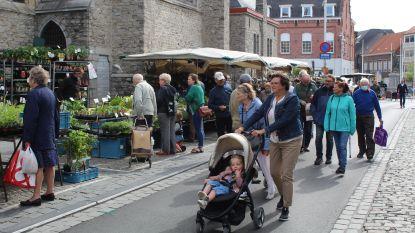 Coronacrisis maakt het mogelijk: de verkeersvrije zaterdagmarkt in Waregem