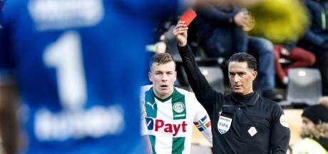 KNVB maakt VAR na fout 'niet een koppie kleiner'