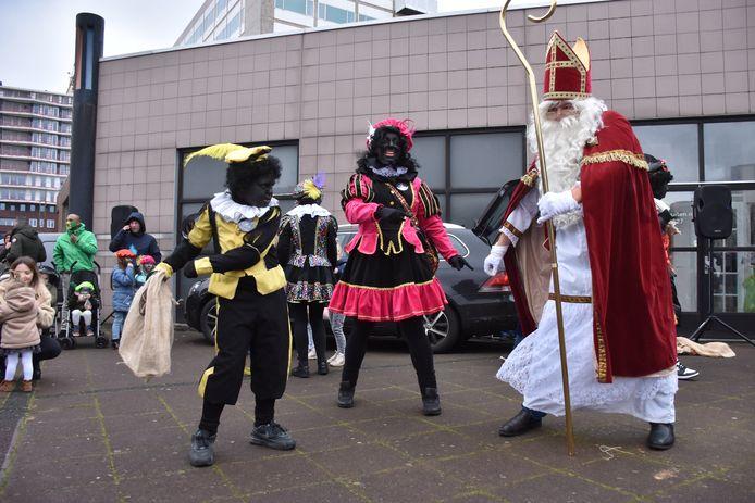 De organisator is voor het behoud van Zwarte Pieten.