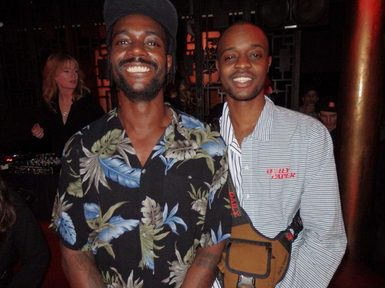 Rapper Sergio Hasselbaink (Yung Internet) en Gunifort Uwambaga (Mendo Books), auteur van het jublileumboek Beeld Schuim