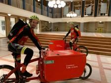 Pakketjes bezorgen per fiets: veel beter voor Hengelo