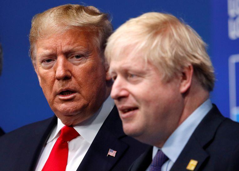 De Britse premier Boris Johnson (rechts) en zijn Amerikaanse collega, president Donald Trump.
