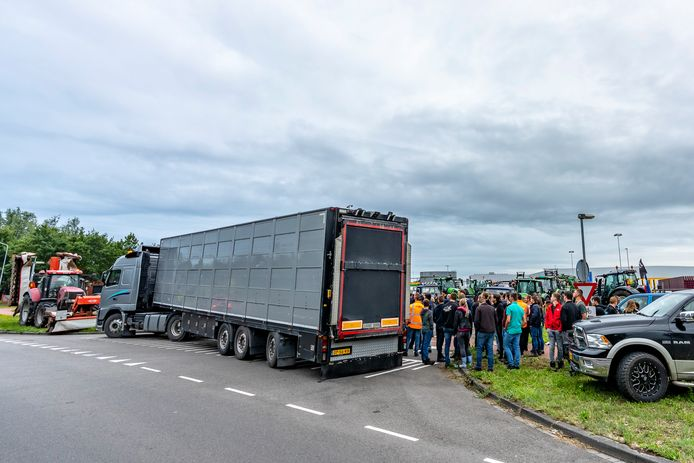 Boeren voeren actie in Breda.