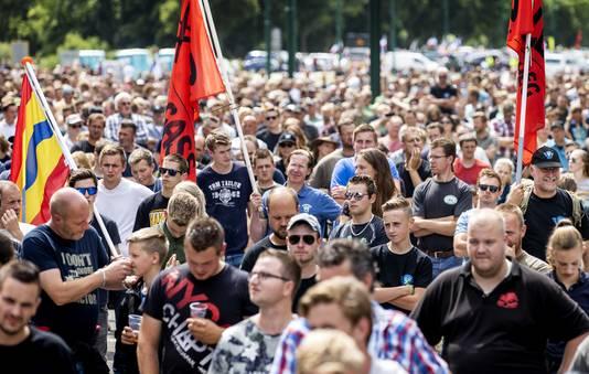 Boeren demonstreerden gisteren tegen de omstreden veevoermaatregel van Landbouwminister Carola Schouten.