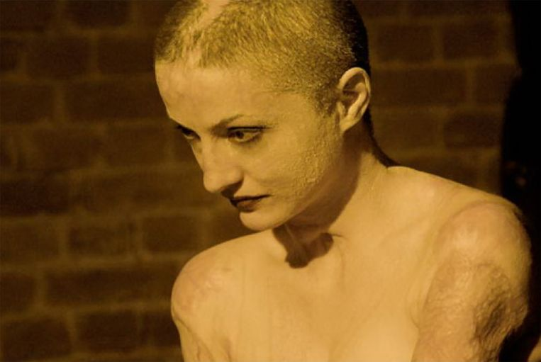Tedy Ursuleanu, een van de slachtoffers van de brand in de discotheek in Boekarest. Beeld Filmstill