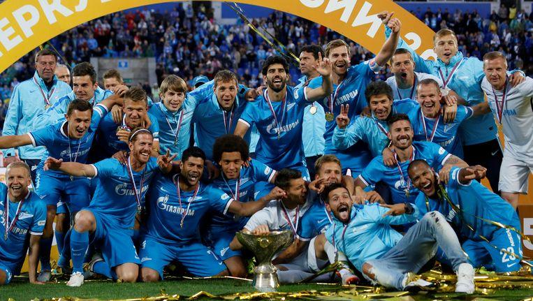 Vorige week zondag vierden de spelers van Zenit Sint-Petersburg hun winst van de Russische Super Cup. FC Lokomotiv Moscow werd toen verslagen. Beeld getty