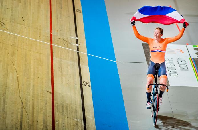 Kan het Nederlandse publiek weer net zo hard juichen als tijdens het WK 2018 in Apeldoorn toen Kirsten Wild drie gouden medailles won?