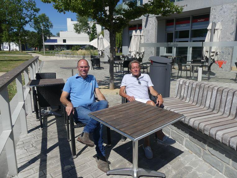 Schepen van Lokale Economie Bruno Dhaenens en schepen van Financiën Norbert De Mey stelden deze week het relanceplan voor.