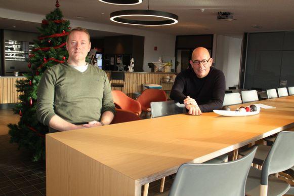 Frank De Smet en directeur Bruno Vanbeselaere in het sociaal restaurant in De Link op de site van de Vleugels in Klerken.