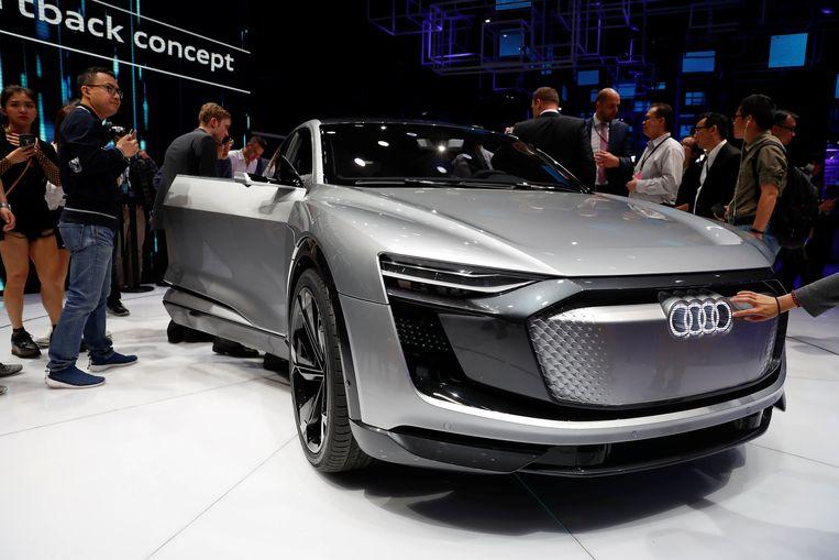 De Audi e-tron Sportback concept car op de  Shanghai Auto Show.