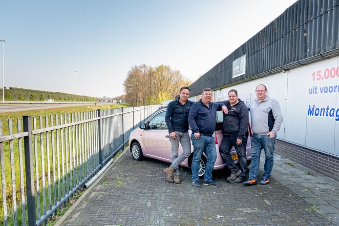 De bedrijven van Mark Vermeulen, Frank Versteeg, Arnold Jansen en Remco Peppelenbosch (vlnr) wijken voor het nieuwe knooppunt.