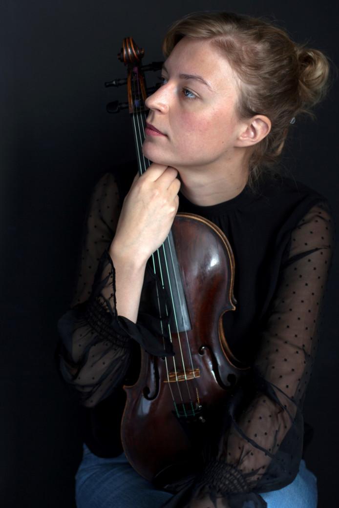 Lotte Grotholt is artistiek leider en voorzitter van het team dat het festival van jong muzikaal talent organiseert.
