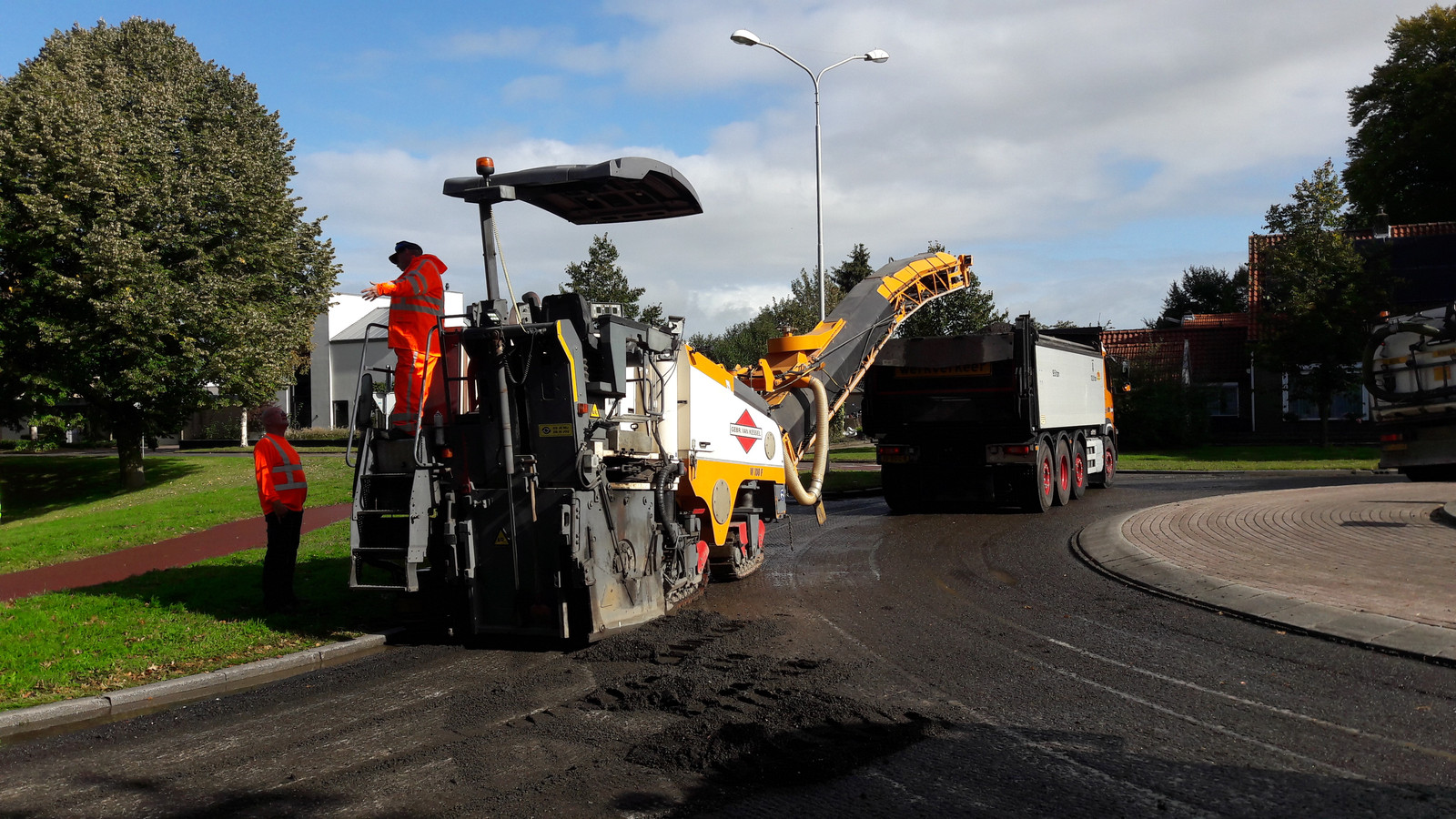 Vorig jaar was de Kasteellaan ook even moeilijk  toegankelijk, toen werd gewerkt aan de rotonde tussen de laan en de Nieuweweg.