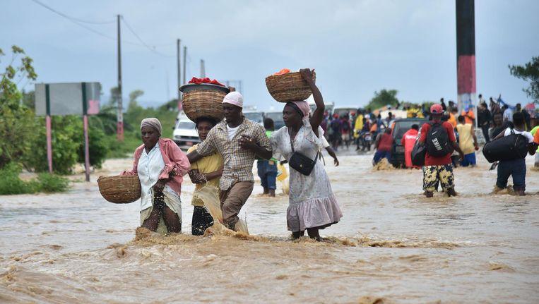 Bewoners worden geëvacueerd op Haïti Beeld anp