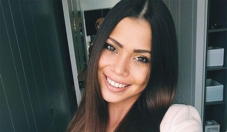 Het 19-jarige Vlaams-Nederlandse model Ivana Esther Robert Smit stierf vorige week donderdag na een val van de twintigste verdieping van een flat in Kuala Lumpur.