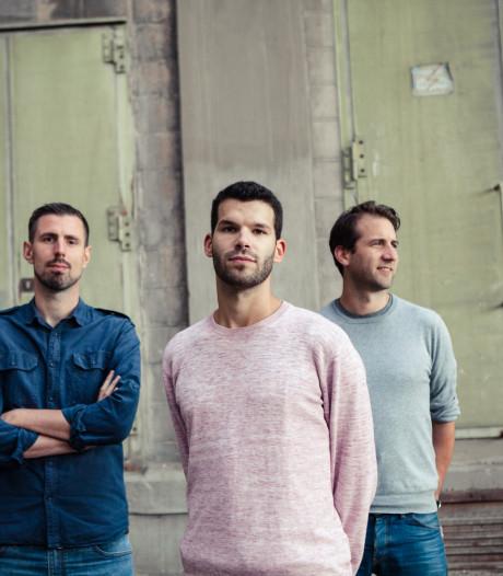 Taalkunstenaar Marco Martens blikt in nieuw liedje terug op 'gloriedagen' bij VV Maarheeze