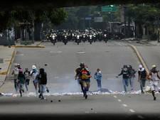Dodental protesten Venezuela naar 76 na overlijden 22-jarige student