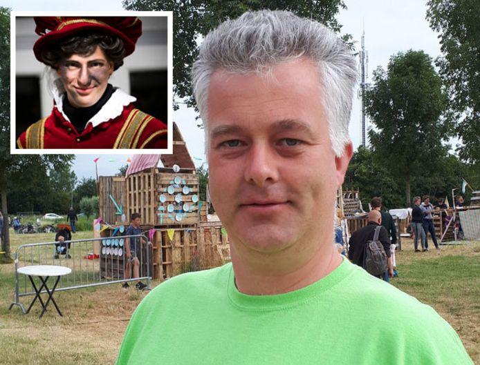 René Koster, secretaris van de Stichting Evenementen Middelburg. Inzet: een roetveegpiet.