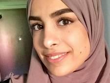 Moslima die weigerde hand te schudden krijgt 3800 euro schadevergoeding