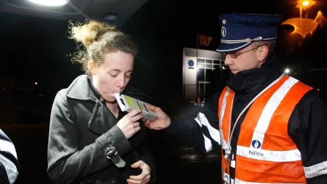 Politie controleert deze maand op alcohol en zwaar vervoer