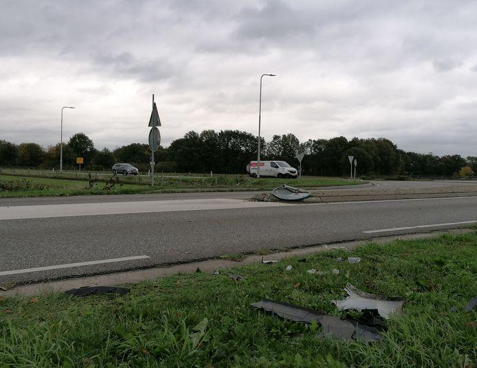 De bestuurder reed een paaltje omver in Zelhem.