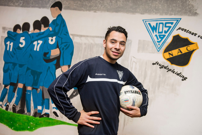 Eljay Hoed.