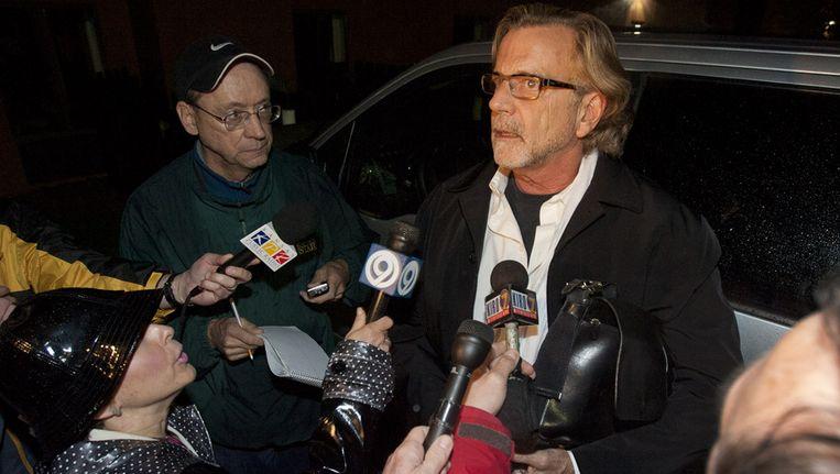 John Henry Brown, de advocaat van Robert Bales, staat de media te woord. Beeld ap
