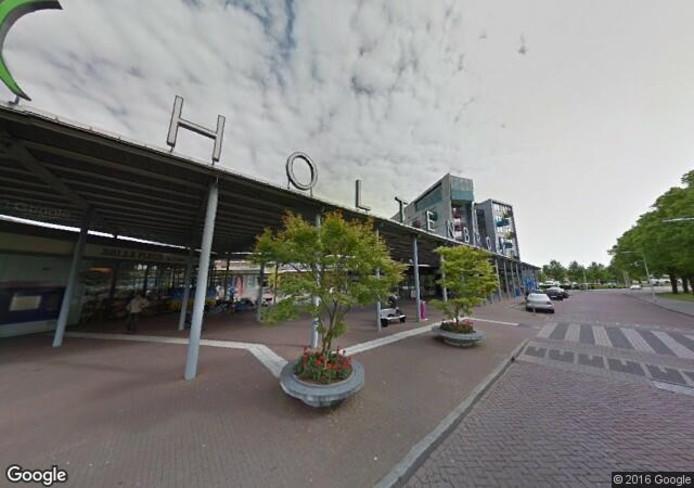 Winkelcentrum Holtenbroek waar de Domino's in zit. Foto: Google Streetview