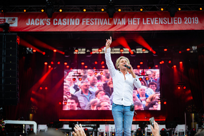 Festival van het Levenslied in het centrum van Tilburg.