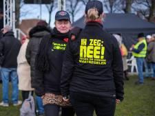Viruswaarheid demonstreert op Malieveld: 'Ik zeg: nee! tegen de coronamaatregelen'