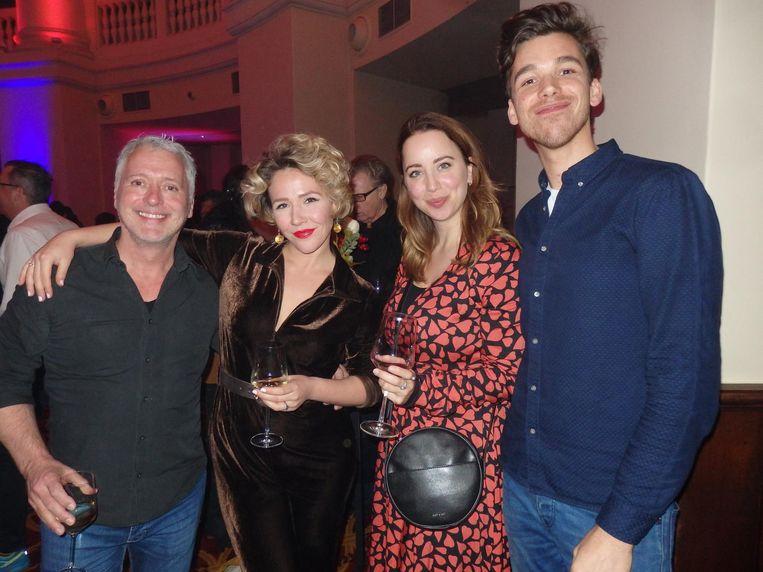 Acteur Michiel Varga, actrice/zangeres Julia Herfst, actrice/zangeres Roos van Breukelen en acteur Bo van Vliet Beeld Schuim
