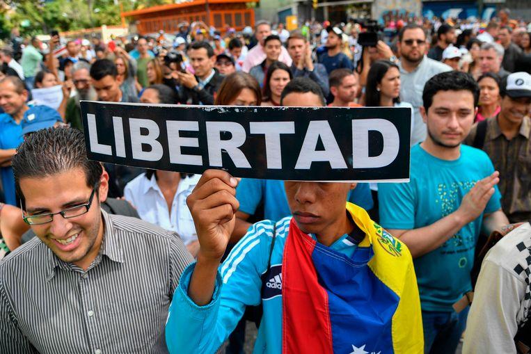Demonstranten eisen 'vrijheid' tijdens een demonstratie in Caracas.