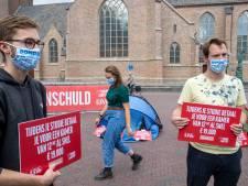 Studenten in protest tegen torenhoge huur: 'Kamertje van 5 vierkante meter voor 260 euro per maand'