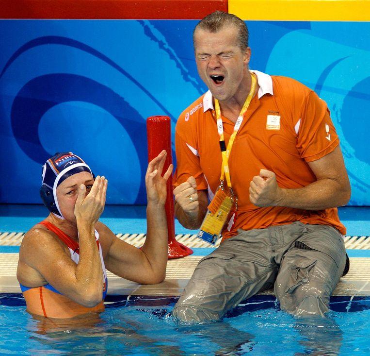 Robin van Galen is uitzinnig na de gewonnen olympische finale in 2008. Beeld anp